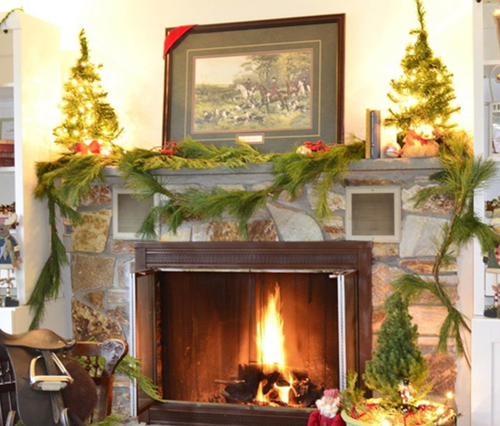 beautiful ideas for christmas fireplaces decor - Beautiful Mantel Christmas Decorations