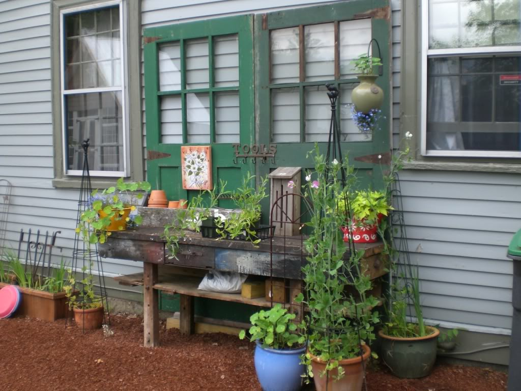 Build Your Own Diy Backyard Organizers