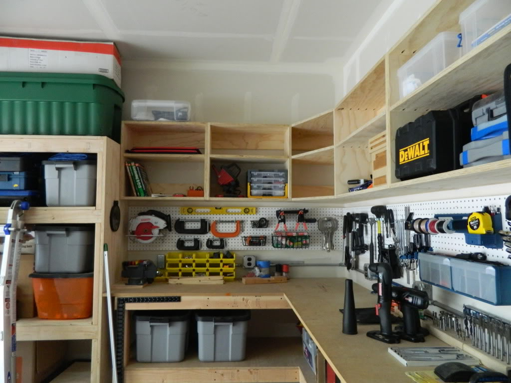 Diy garage cabinets to make your garage look cooler ellys diy blog diy garage cabinets 4 solutioingenieria Gallery