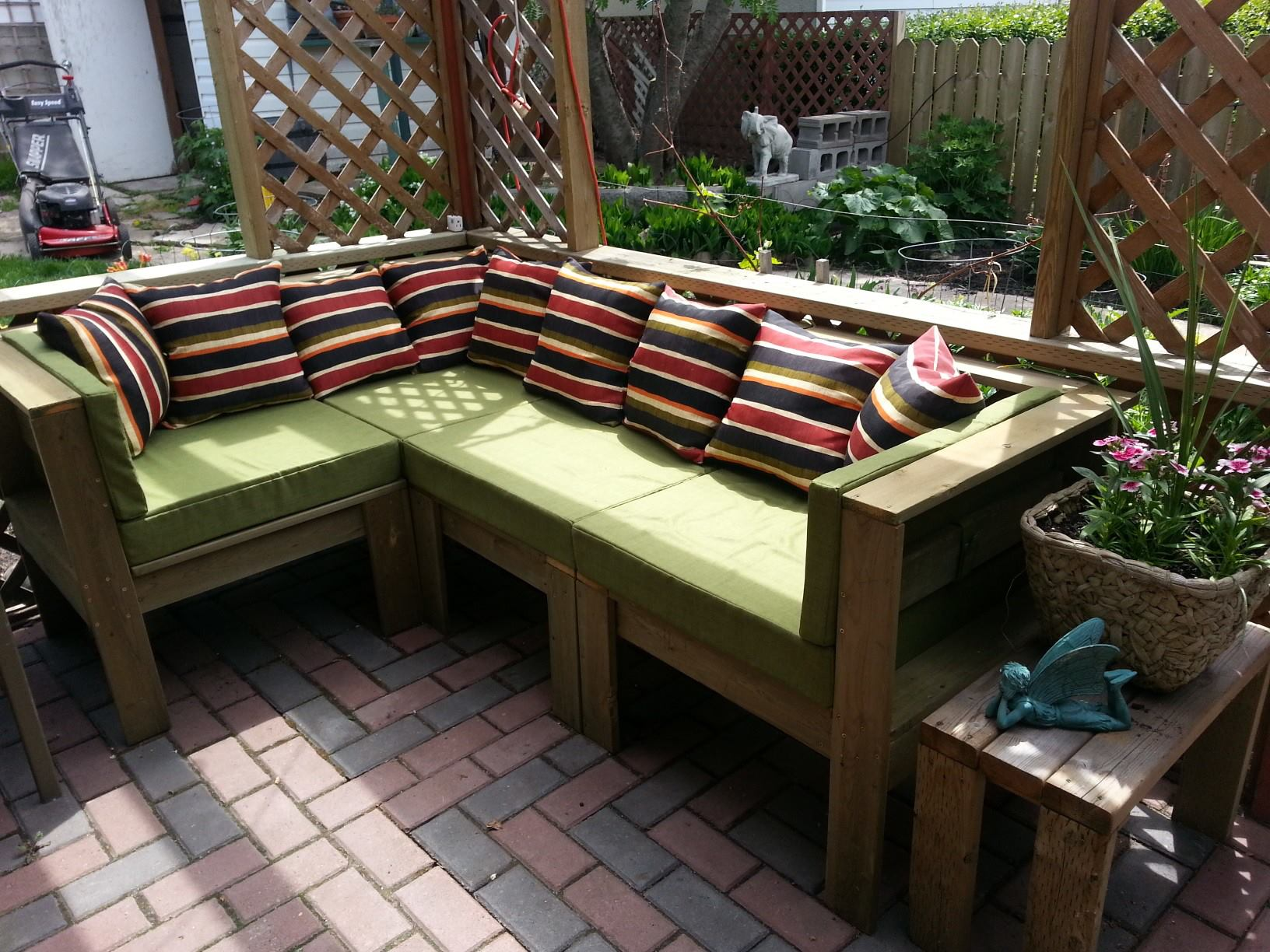 diy-garden-furniture-3