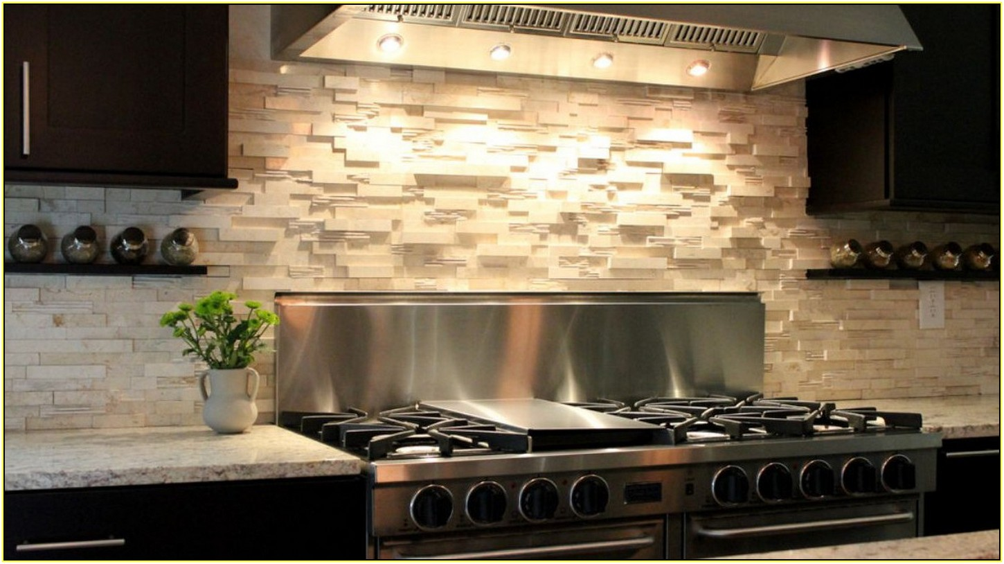 10 different ways for diy kitchen backsplash ellys diy blog diy kitchen backsplash 7 dailygadgetfo Choice Image